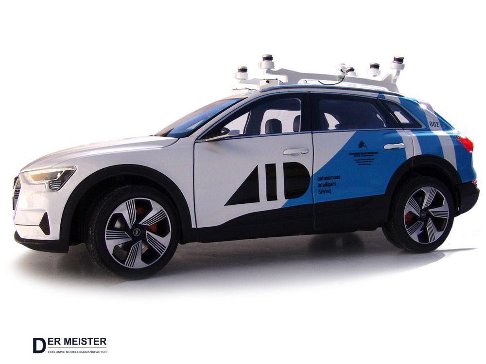 Modellauto_Lackierung-Fahrzeugmodelle-Audi-VW