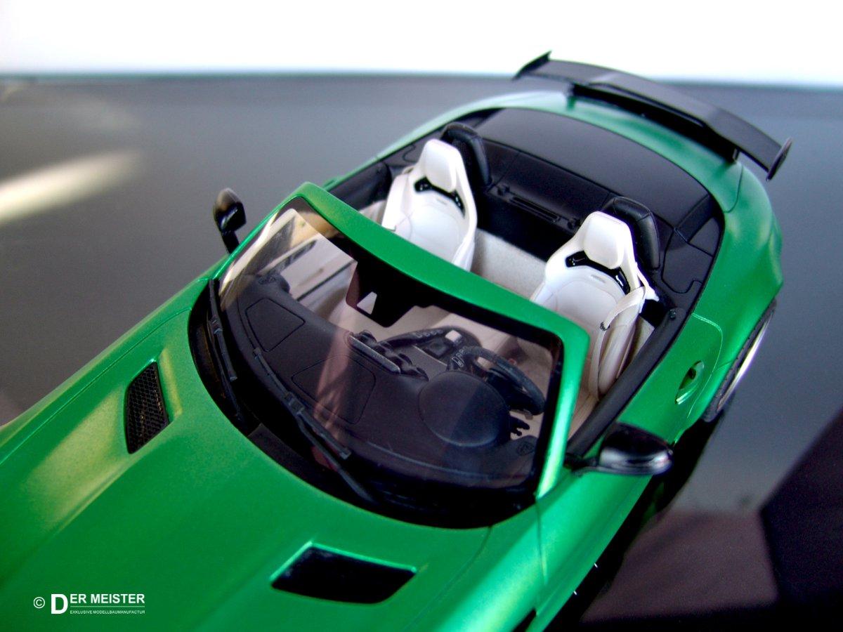 Modellauto_Lackierung-Fahrzeugmodelle-AMG Mercedes